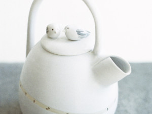Tea Pot with Birds